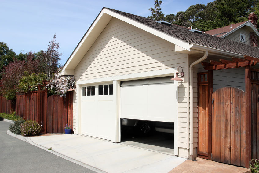 Garage Doors 4 - EOL Builders Website