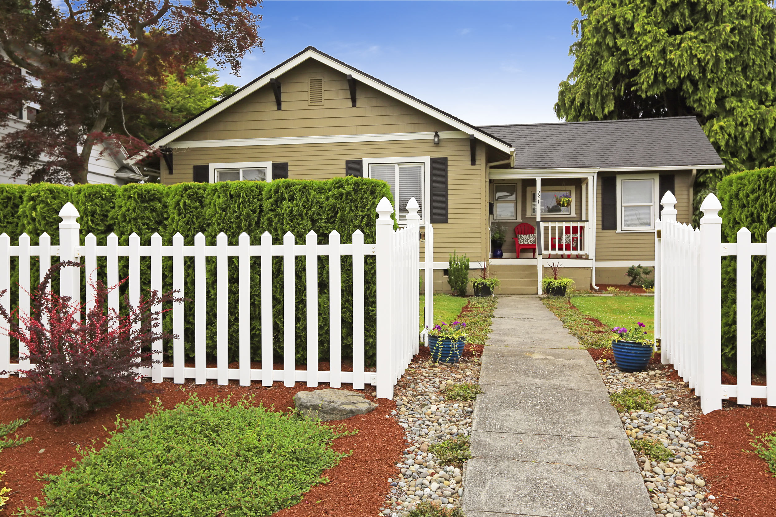 Fence 13 - EOL Builders Website.jpg