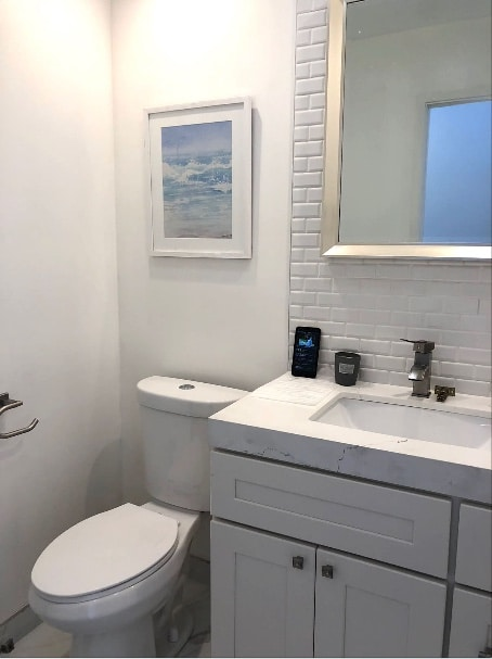Guest Bathroom Remodeling - EOL Builders 4